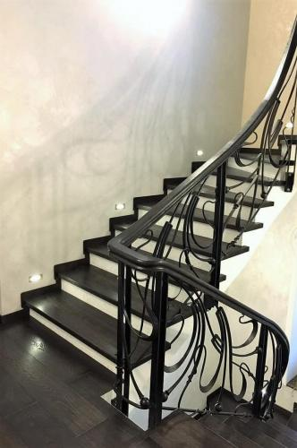 лестница и паркет